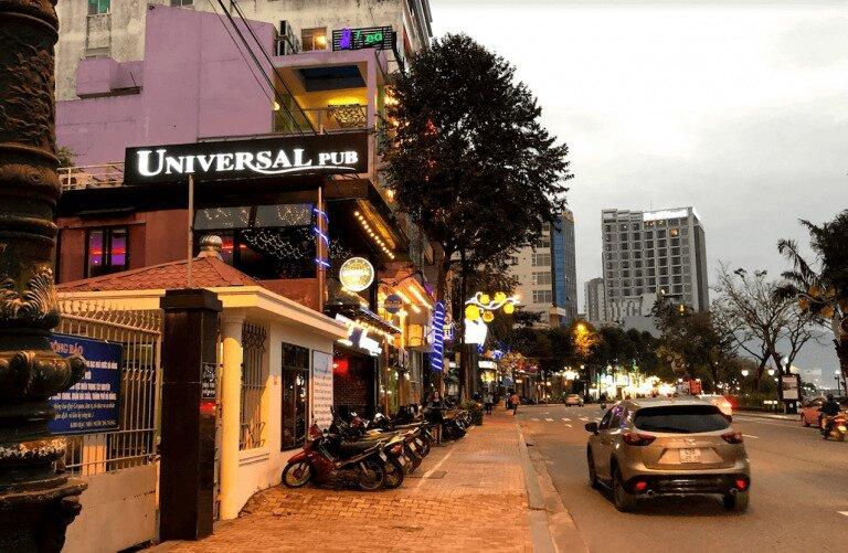 UniversalPub_DaNang_Vietnam