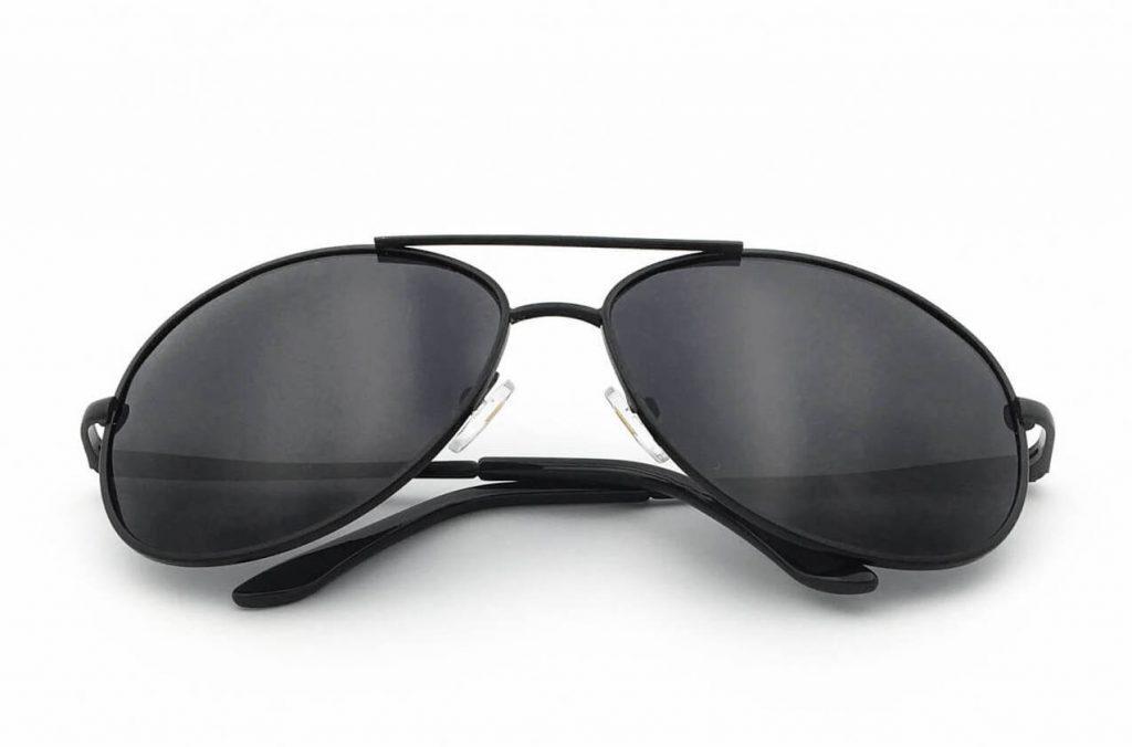 J+S Classic Aviators in black