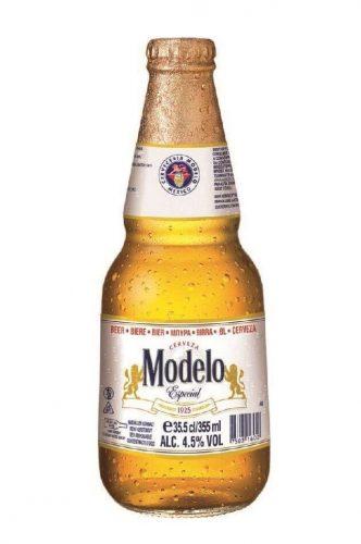 Bottle of Modelo Especial beer