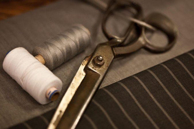 Scissors_Thread_Tailoring